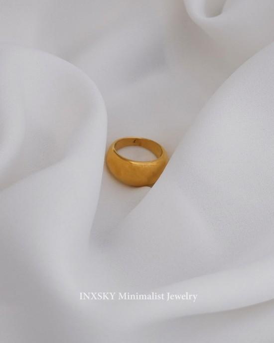 GLORIA Gold Dome Ring