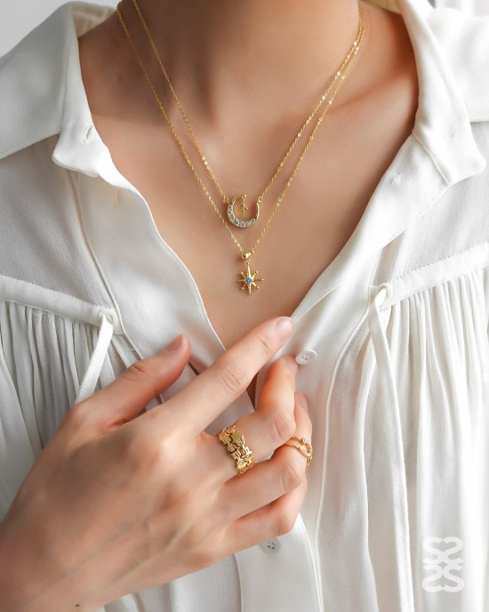 HAMSA Gold Hand of Fatima Ring
