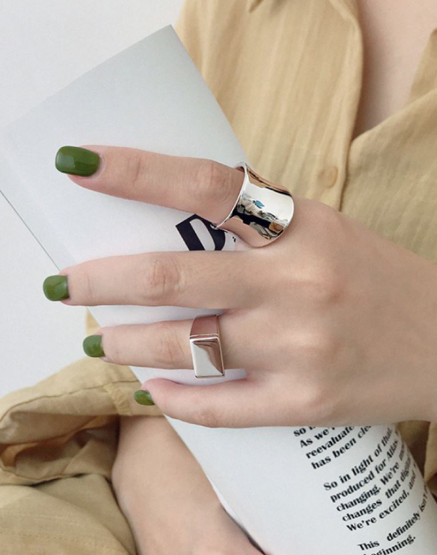 HESTER Silver Ring