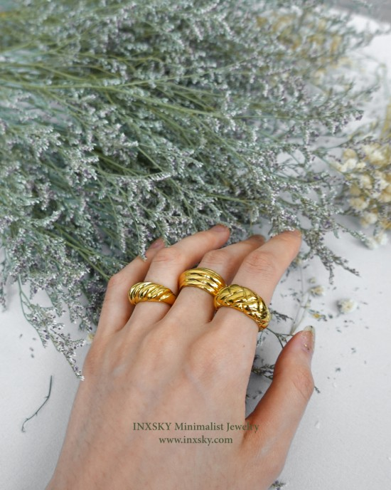 KARINA Gold Dome Ring