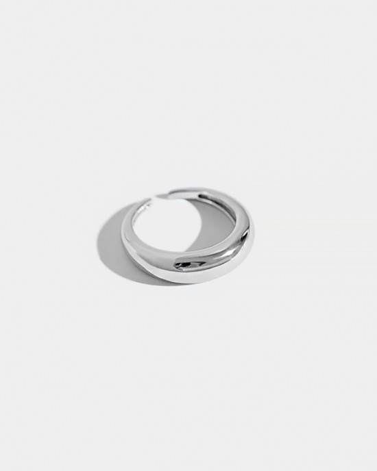 LUNA Sterling Silver Ring