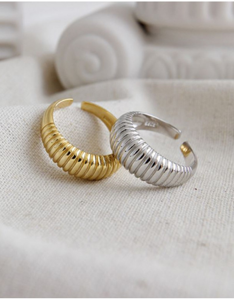 MARINA Gold Vermeil Croissant Dome Ring