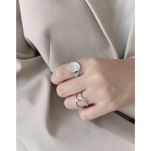 MAUD Sterling Silver Signet Ring