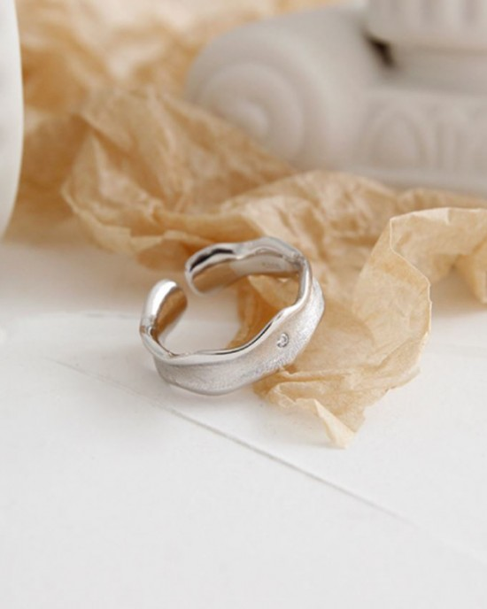 MOLLY Sterling Silver Ring