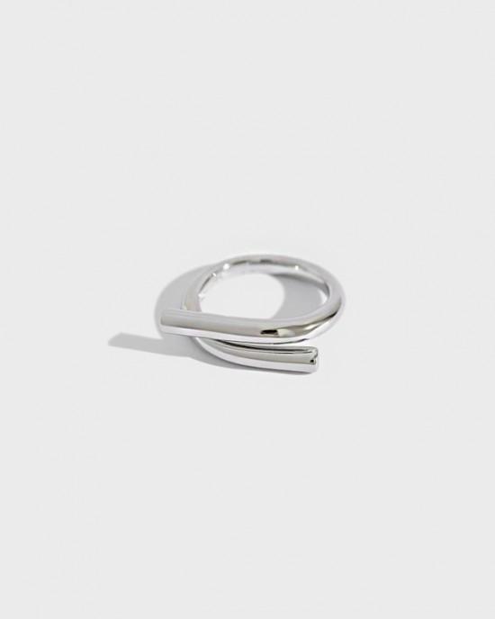 QUINN Sterling Silver Ring