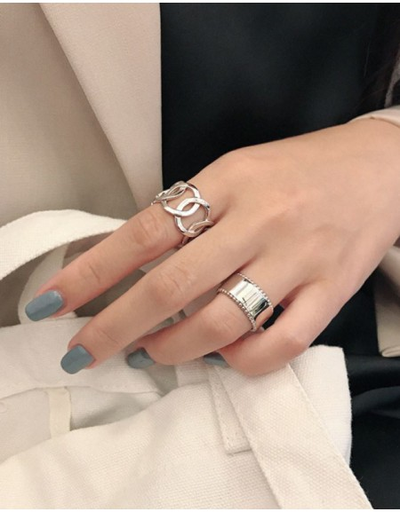 TAYLOR Boyfriend Stacker Ring