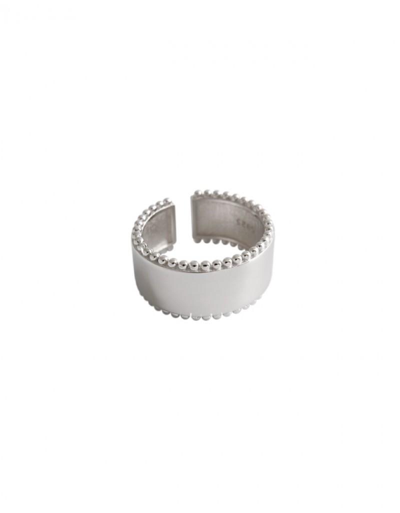TAYLOR Boyfriend Stacker Ring