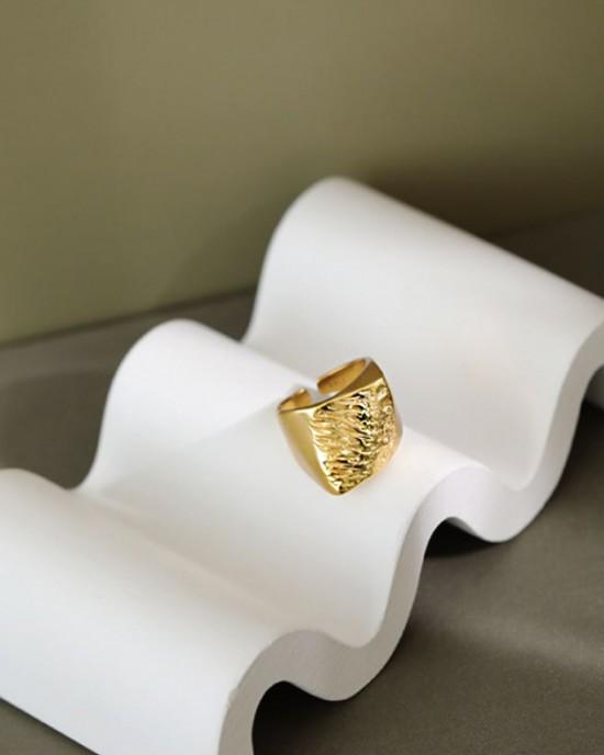 Thaïs Gold Vermeil Signet Ring