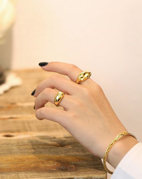THEA Gold Vermeil Ring